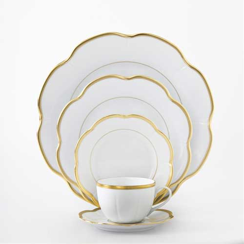 Margaux Gold Five Piece Place Setting  sc 1 st  The Polished Plate & Royal Limoges Margaux Gold - The Polished Plate